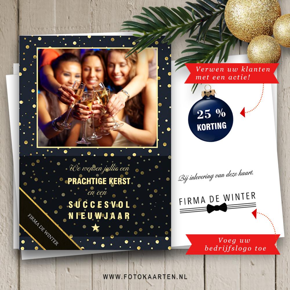 Mooie kerstkaart met foto van collega's voor een mooie design fotokaart.