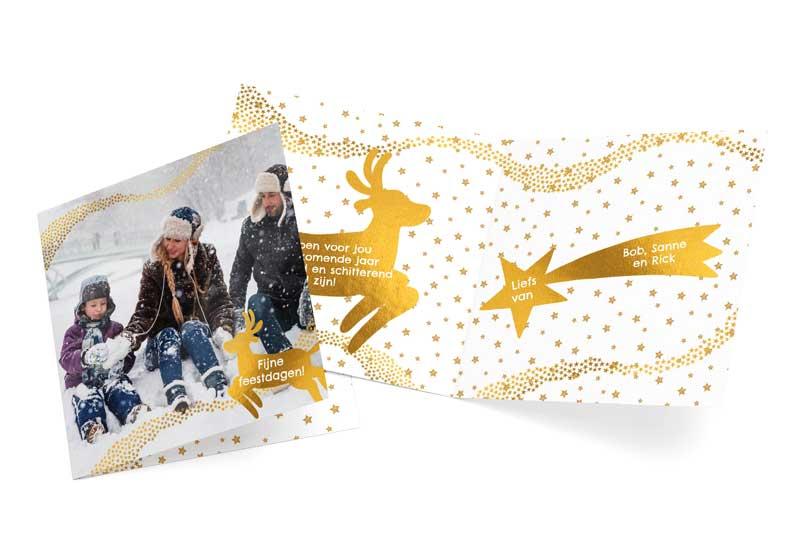 Fotokerstkaart met gouden sterretjes en hertje