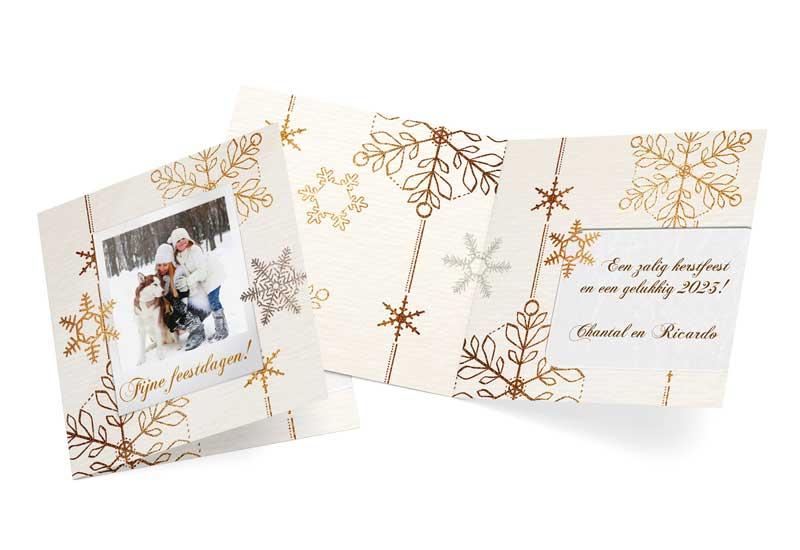 Kerstkaart met foto en goudkristallen